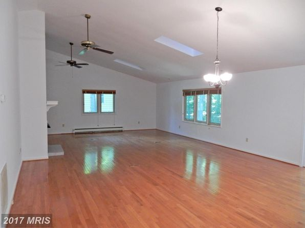 3 bed 2 bath Single Family at 3802 Lakeview Pkwy Locust Grove, VA, 22508 is for sale at 235k - 1 of 22