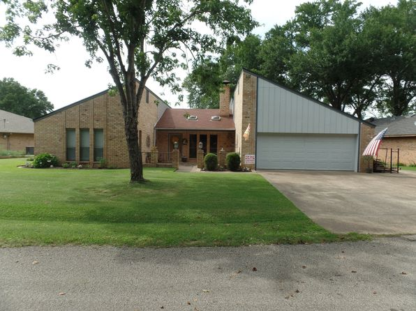 3 bed 2 bath Single Family at 15658 Lakeside Dr Bullard, TX, 75757 is for sale at 359k - 1 of 24