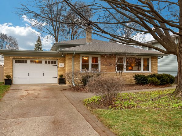 3 bed 2 bath Single Family at 1015 Pershing Ave Wheaton, IL, 60189 is for sale at 300k - 1 of 28