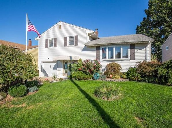 3 bed 2 bath Single Family at 140 James St Hopelawn, NJ, 08861 is for sale at 315k - 1 of 22