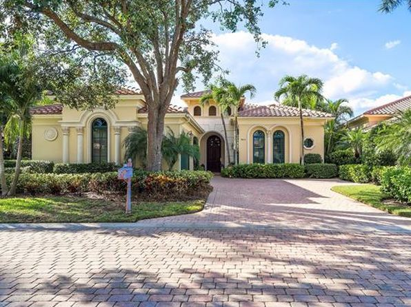 3 bed 4 bath Single Family at 9823 Bay Mdws Estero, FL, 34135 is for sale at 895k - 1 of 25