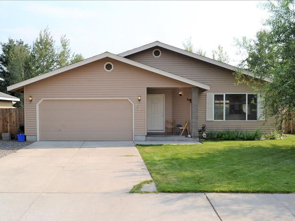 3 bed 2 bath Single Family at 2421 NE Mountain Willow Bend, OR, 97701 is for sale at 275k - 1 of 23