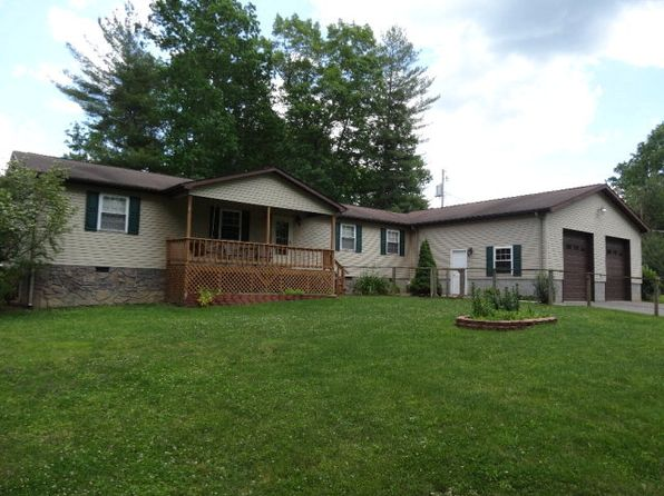 5 bed 3.5 bath Single Family at 104 Forest Rd Daniels, WV, 25832 is for sale at 190k - 1 of 25
