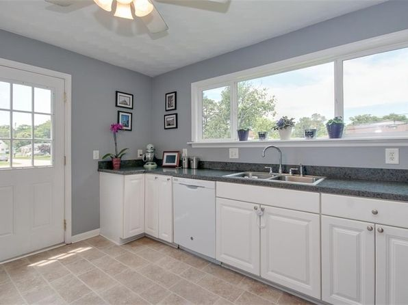 4 bed 2 bath Single Family at 560 Jacqueline Ave Virginia Beach, VA, 23462 is for sale at 230k - 1 of 26