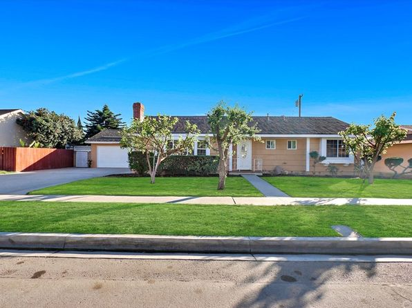 4 bed 2 bath Single Family at 1672 W CRIS AVE ANAHEIM, CA, 92802 is for sale at 630k - 1 of 14
