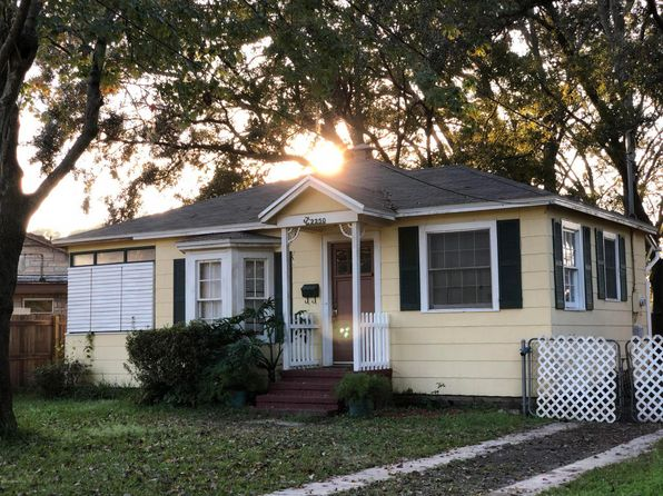 2 bed 1 bath Single Family at 2250 HOME PARK CIR W JACKSONVILLE, FL, 32207 is for sale at 90k - 1 of 39