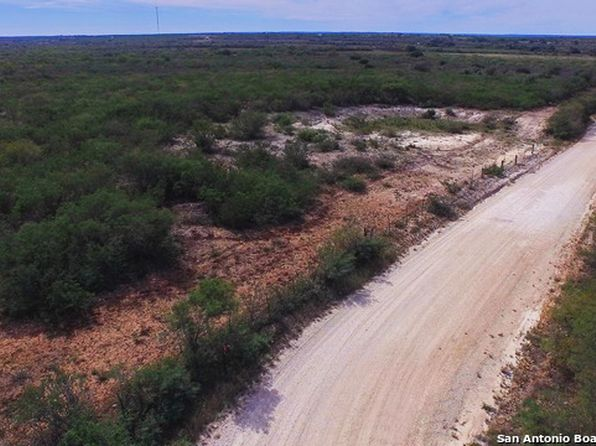 null bed null bath Single Family at 125.07AC County Road 651 Devine, TX, 78106 is for sale at 495k - 1 of 22
