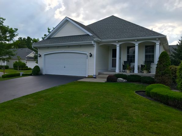 2 bed 2 bath Single Family at 1 Winfield Dr West Seneca, NY, 14224 is for sale at 220k - 1 of 26