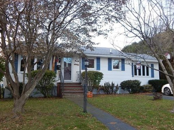 2 bed 2 bath Single Family at 2 Bailey St Methuen, MA, 01844 is for sale at 320k - 1 of 19