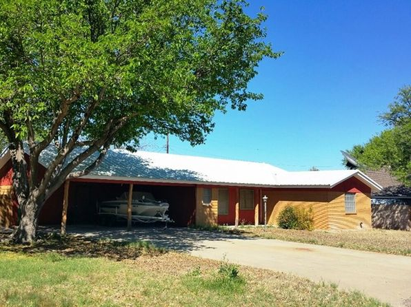 3 bed 2 bath Single Family at 2002 W 7th St Fort Stockton, TX, 79735 is for sale at 138k - 1 of 27