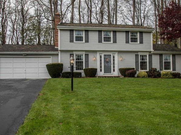3 bed 2 bath Single Family at 711 Finchingfield Ln Webster, NY, 14580 is for sale at 175k - 1 of 25