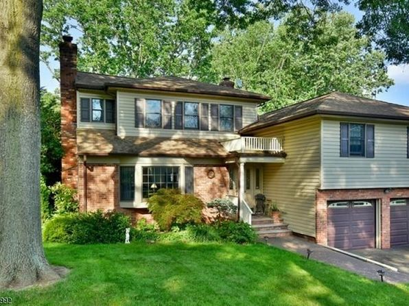 4 bed 3.5 bath Single Family at 80 Cedar Rd Watchung, NJ, 07069 is for sale at 625k - 1 of 24