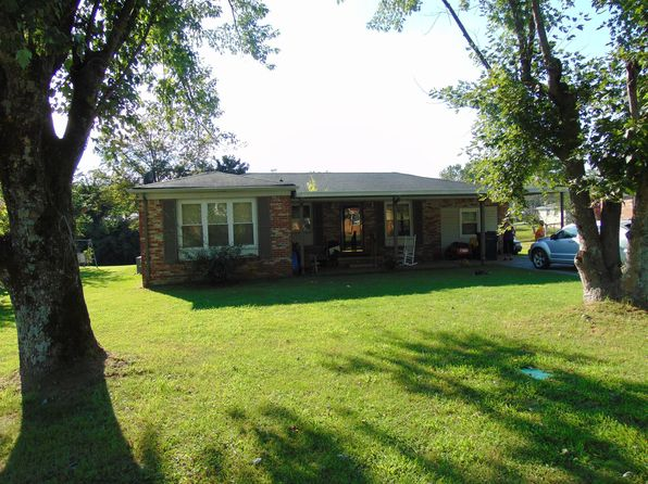 4 bed 2 bath Single Family at 429 Longmeadow Cir Pulaski, TN, 38478 is for sale at 80k - 1 of 24
