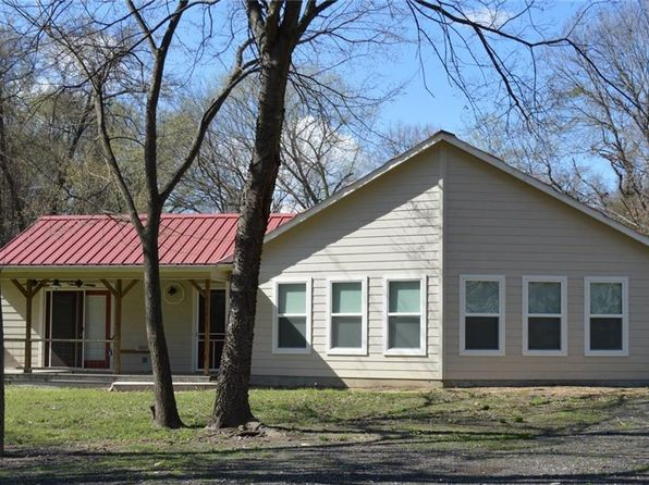 3 bed 2 bath Single Family at 815 County Road 2305 Sulphur Springs, TX, 75482 is for sale at 150k - 1 of 36