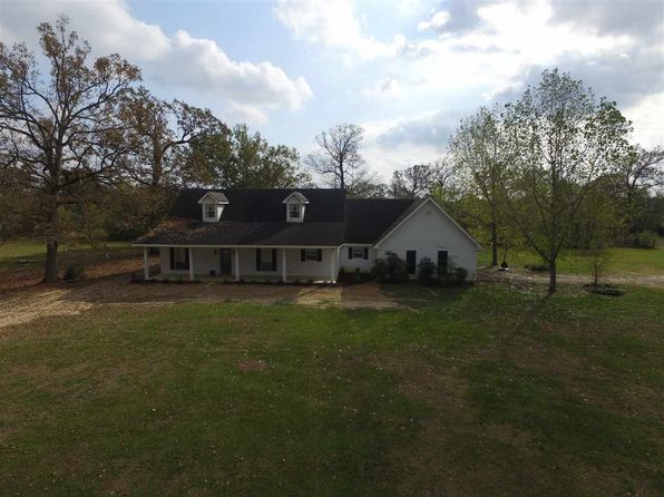 3 bed 2 bath Single Family at 246 Private Road 5061 Carthage, TX, 75633 is for sale at 215k - 1 of 12