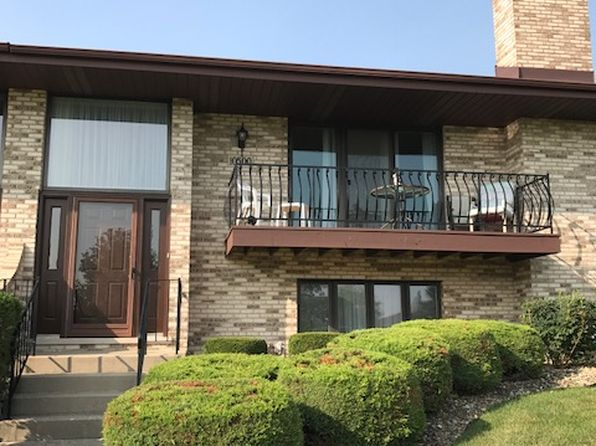 2 bed 3 bath Condo at 10500 Lynn Dr Orland Park, IL, 60467 is for sale at 246k - 1 of 10