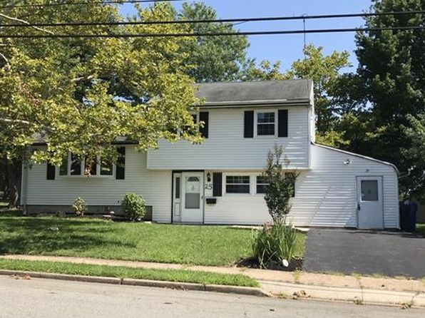 3 bed 2 bath Single Family at 25 Creemer Ave Iselin, NJ, 08830 is for sale at 360k - 1 of 4