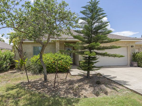 3 bed 2 bath Townhouse at 8 Golf House Rd Laguna Vista, TX, 78578 is for sale at 165k - 1 of 34