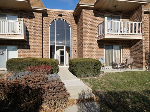 2 bed 2 bath Condo at 2411 N Kennicott Dr Arlington Heights, IL, 60004 is for sale at 140k - 1 of 27