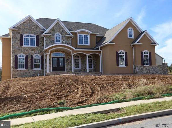 5 bed 5 bath Single Family at 102 N Fairwood Ave Sinking Spring, PA, 19608 is for sale at 755k - 1 of 3