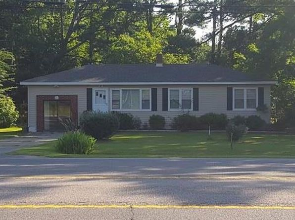 3 bed 1 bath Single Family at 6007 Caratoke Hwy Poplar Branch, NC, 27965 is for sale at 110k - 1 of 11
