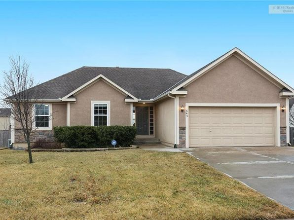 3 bed 2 bath Single Family at 645 E Cheyenne St Gardner, KS, 66030 is for sale at 220k - 1 of 22