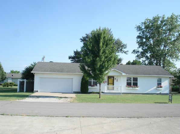 4 bed 3 bath Single Family at 1515 Penobscot St Burlington, KS, 66839 is for sale at 150k - 1 of 31