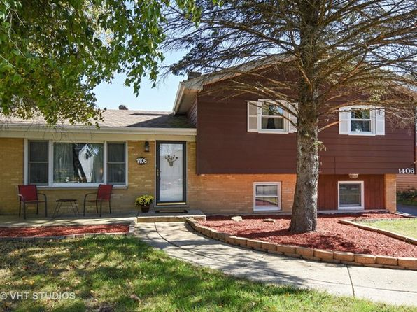 3 bed 2 bath Single Family at 1406 Adams St Algonquin, IL, 60156 is for sale at 190k - 1 of 17