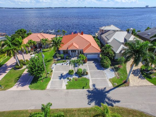 4 bed 3 bath Townhouse at 3825 SE 21st Pl Cape Coral, FL, 33904 is for sale at 1.15m - 1 of 29
