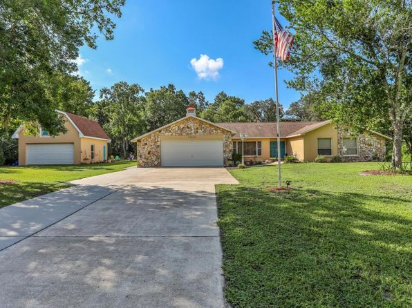 3 bed 2 bath Single Family at 13202 Coronado Dr Spring Hill, FL, 34609 is for sale at 265k - 1 of 33