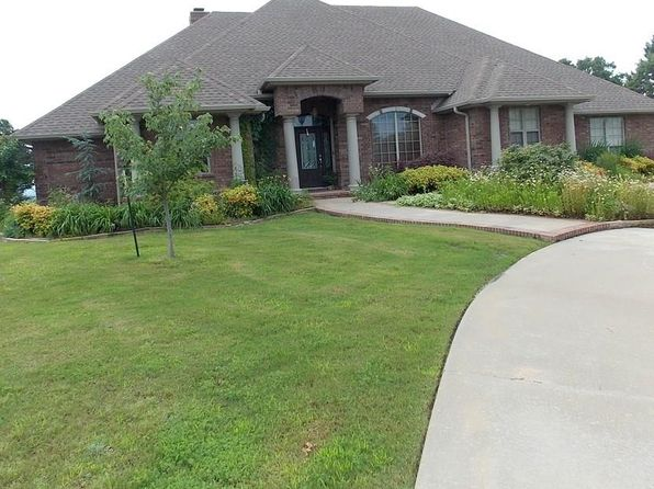 3 bed 3 bath Single Family at 36898 Silver Ridge Ln Poteau, OK, 74953 is for sale at 300k - 1 of 30