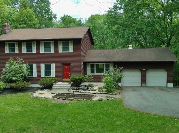 4 bed 3 bath Single Family at 17 DARTANTRA DR HOPEWELL JUNCTION, NY, 12533 is for sale at 328k - 1 of 17