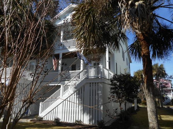 5 bed 4 bath Townhouse at 805 Jungle Rd Edisto Island, SC, 29438 is for sale at 479k - 1 of 32