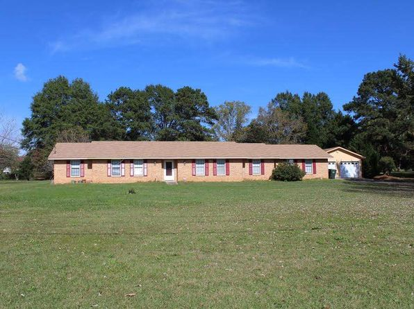 5 bed 2 bath Single Family at 134 Beverly Rd Fort Valley, GA, 31030 is for sale at 104k - 1 of 3