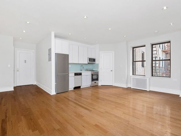 2 bed 1 bath Condo at 105 Bennett Ave New York, NY, 10033 is for sale at 520k - 1 of 8