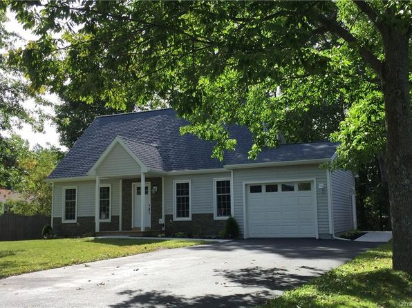 4 bed 2 bath Single Family at 1 Kent Dr Cortland, NY, 13045 is for sale at 140k - 1 of 25