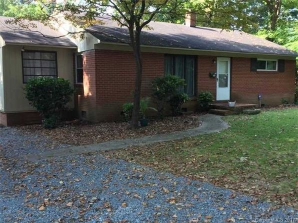 2 bed 1 bath Single Family at 737 Harwyn Dr Charlotte, NC, 28215 is for sale at 137k - 1 of 5