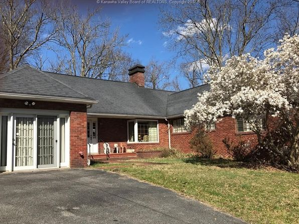 4 bed 2 bath Single Family at 2040 Oakridge Dr Charleston, WV, 25311 is for sale at 299k - 1 of 17