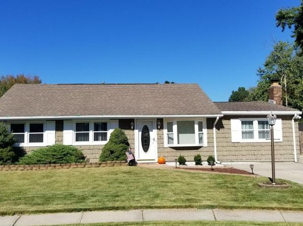 3 bed 2 bath Single Family at 4 Ivy Pl Hazlet, NJ, 07730 is for sale at 375k - 1 of 21