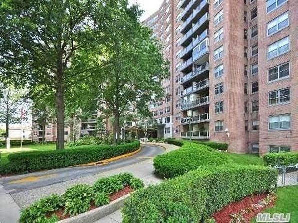 2 bed 2 bath Apartment at 61-20 Grand Central Pkwy Forest Hills, NY, 11375 is for sale at 449k - 1 of 16