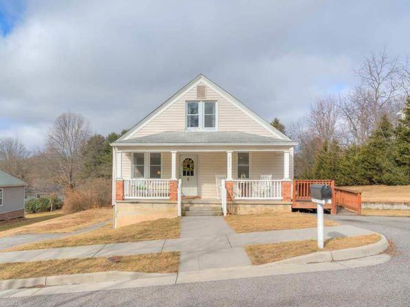 3 bed 1 bath Single Family at 511 Sunrise Dr Blacksburg, VA, 24060 is for sale at 230k - 1 of 26