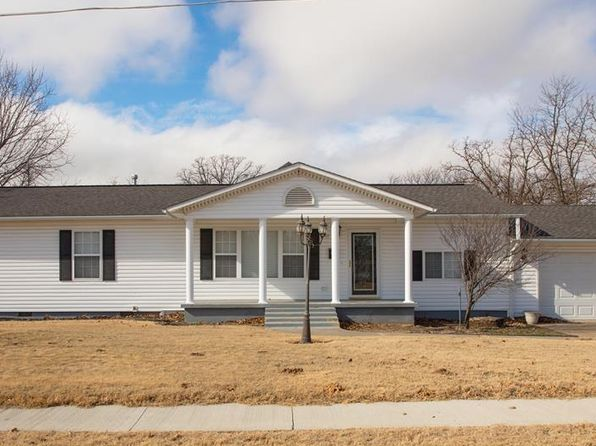 4 bed 3 bath Single Family at 717 S 17TH ST MCALESTER, OK, 74501 is for sale at 175k - 1 of 26