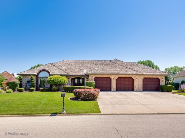 3 bed 3 bath Single Family at 16847 Comandra Cir Lockport, IL, 60491 is for sale at 400k - 1 of 26