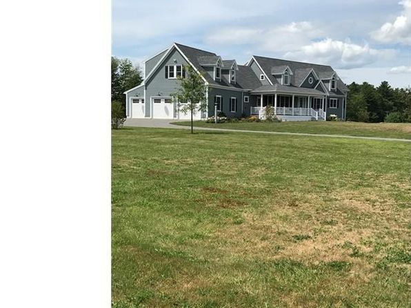 4 bed 2.2 bath Single Family at 14 Mount Kineo Rd Kennebunkport, ME, 04046 is for sale at 899k - 1 of 34