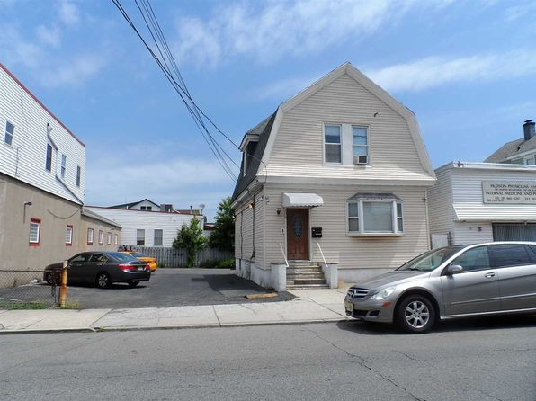 4 bed 2 bath Multi Family at 108 Centre Ave Secaucus, NJ, 07094 is for sale at 650k - 1 of 5