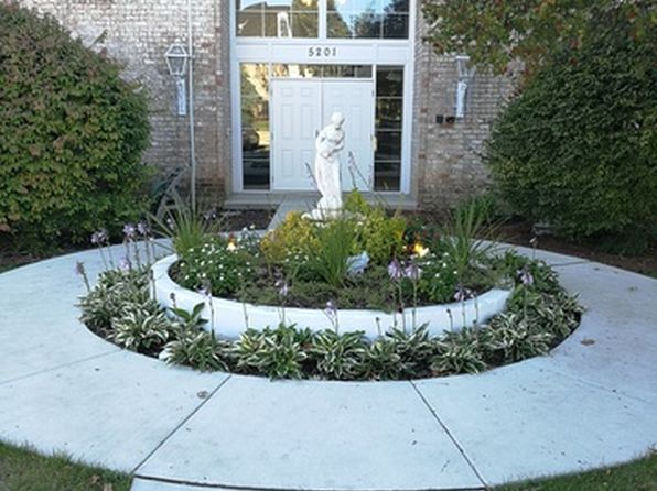 2 bed 2 bath Condo at 5201 Carriageway Dr Rolling Meadows, IL, 60008 is for sale at 149k - 1 of 15