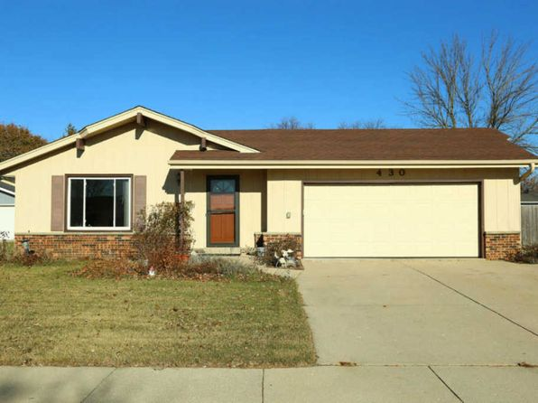 3 bed 2.5 bath Single Family at 430 E Fitzsimmons Rd Oak Creek, WI, 53154 is for sale at 215k - 1 of 25