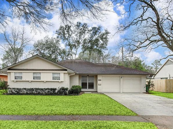 3 bed 2 bath Single Family at 5111 Kinglet St Houston, TX, 77035 is for sale at 358k - 1 of 20