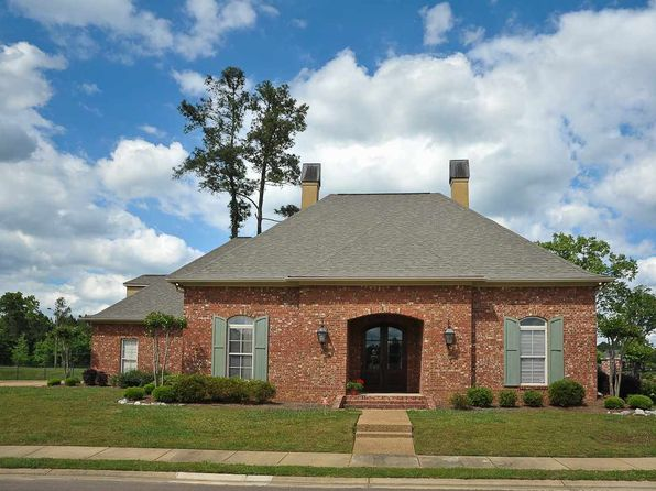 3 bed 3 bath Single Family at 100 Grandeur Dr Brandon, MS, 39042 is for sale at 265k - 1 of 35
