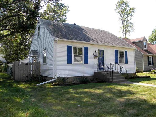 3 bed 2 bath Single Family at 2153 Bellevue Ave Bettendorf, IA, 52722 is for sale at 150k - 1 of 20